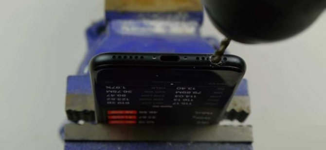 Kulaklık girişi yok diye iPhone 7'yi deldi!