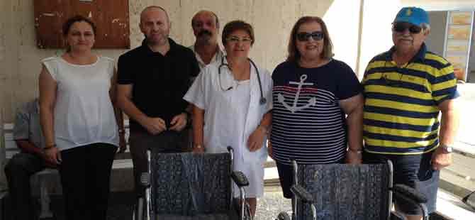 Güzelyurt Sağlık Ocağı'na tekerlekli sandalye bağışı