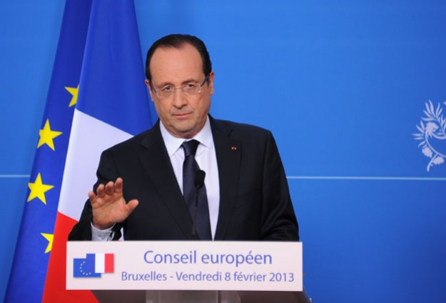Hollande: 50 kişi yaşam savaşı veriyor