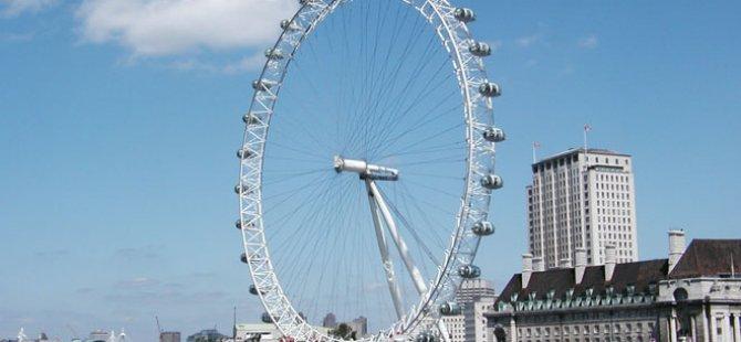 London Eye bozuldu, turistler mahsur kaldı