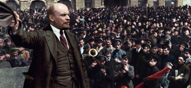 Düzce'de kıyıya vuran Lenin büstü film oluyor: Sen Ben Lenin