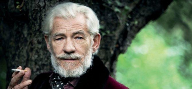 Dünyaca ünlü aktör Ian McKellen'ın hayatı belgesel oluyor