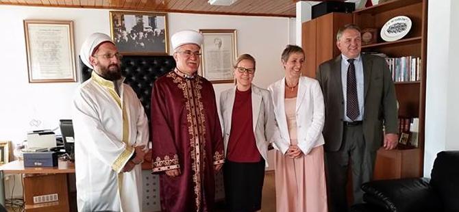 İsveç Lefkoşa Büyükelçisi, KKTC Din İşleri Başkanı'nı ziyaret etti