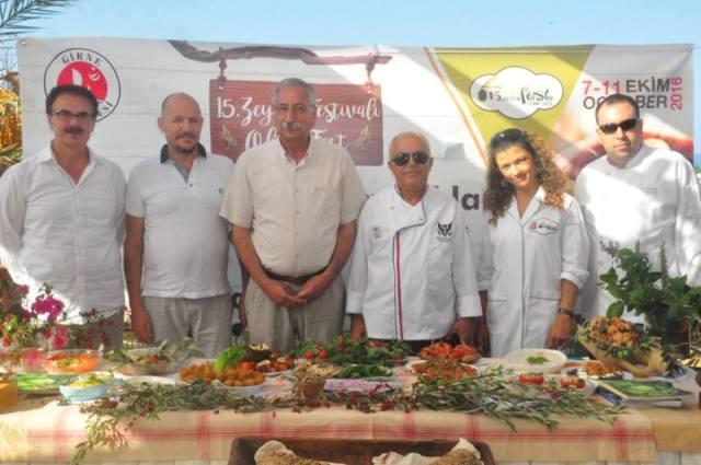 15'inci Zeytin Festival'i devam ediyor