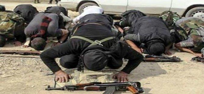 """""""IŞİD namaz vaktini 5'ten 3'e indirdi, uymayana kırbaç cezası veriyor"""""""