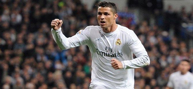 Real Madrid'den Ronaldo'ya 5 yıllık teklif