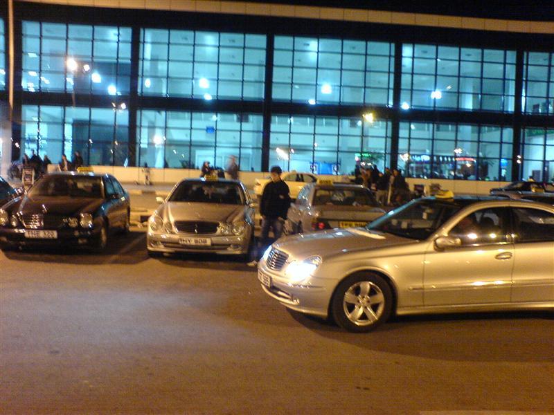 Ercan'daki Taksi Sorununa Neşter