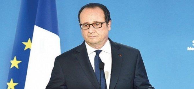 Fransa Cumhurbaşkanı: İslam'la ilgili bir sorun var, buna şüphe yok