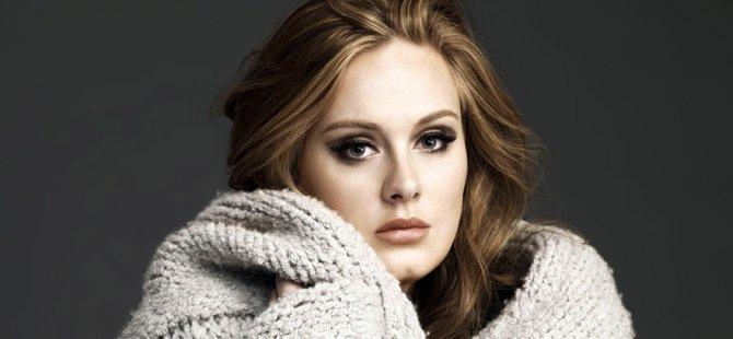 Adele, bir günde servet kazanıyor
