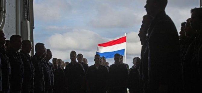 Hollanda askerlerine yoga dersleri verilecek