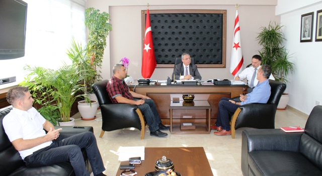 İçişleri Bakanı Evren, Belediye Emekçileri Sendikası'nı kabul etti