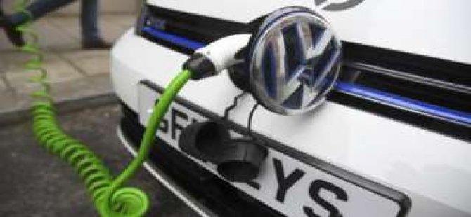 Volkswagen çoğu Almanya'da 30 bin kişiyi işten çıkaracak