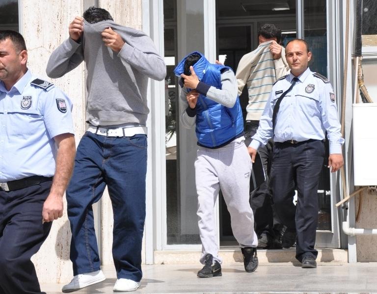3 gün daha tutuklu kalacaklar…