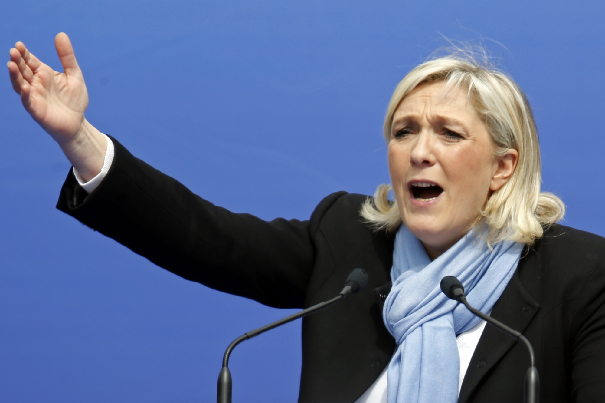 Le Pen'den Müslüman ve Musevileri kızdırdı