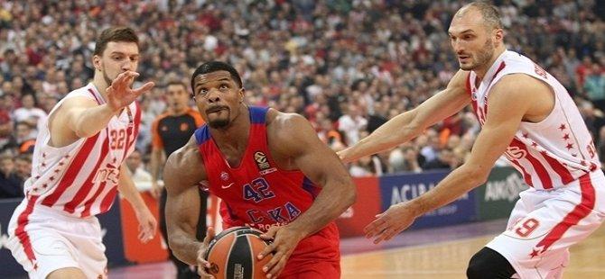 Euroleague'de CSKA Moskova zirveyi bırakmıyor