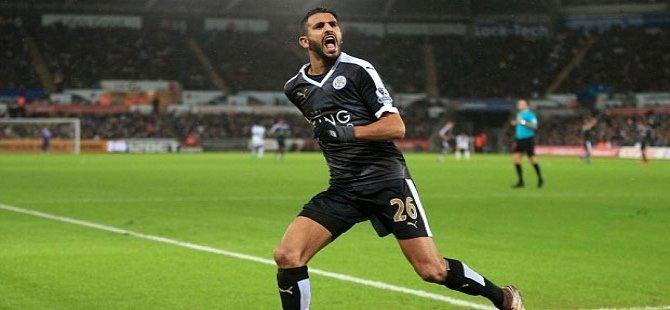 Riyad Mahrez yılın futbolcusu seçildi