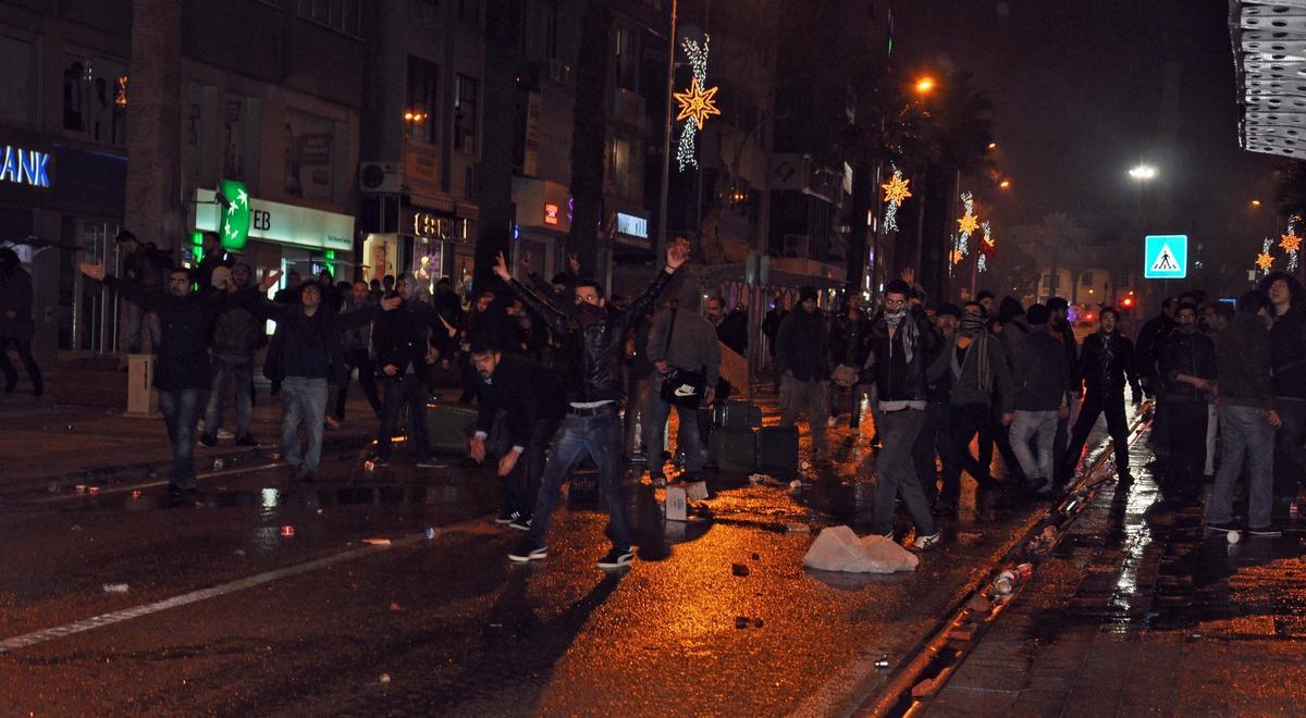 İstanbul'da seçim protestosunda olaylar çıktı