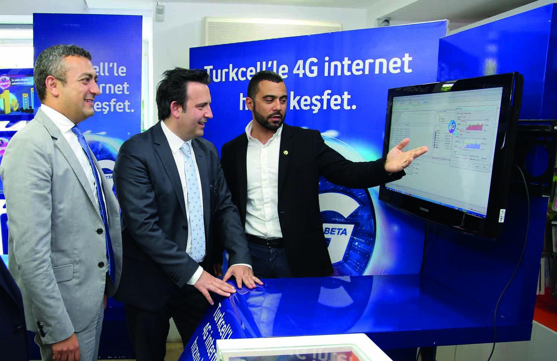 Turkcell Genel Müdürü'nden Girne'de 4G Beta'yı Girne'de deneyimledi