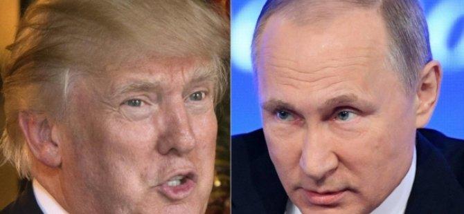 """ABD medyası """"Putin'in elinde Trump'ın seks kaseti var"""" iddiasını konuşuyor"""