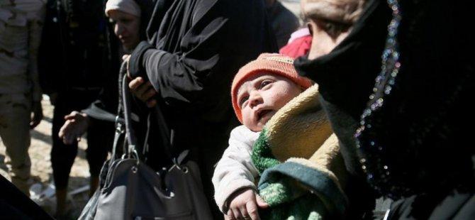 Musul'da çatışma bölgelerinden 400 aile tahliye edildi