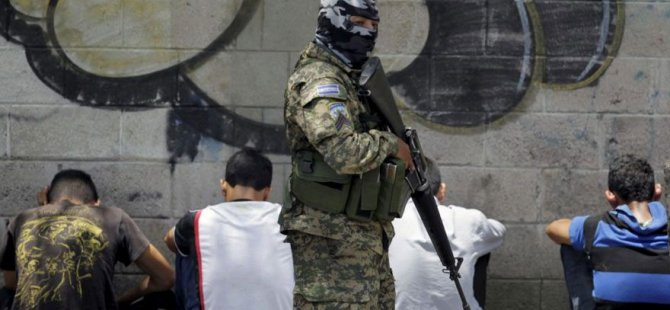 El Salvador'da 24 saattir hiç cinayet işlenmedi