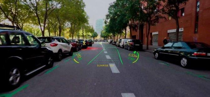 Otomobilinize holografik navigasyonlu ön cam geliyor