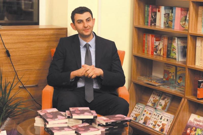 """Aral Moral'in """"Tavuri"""" kitabi MAGEM'de tanıtılıyor"""