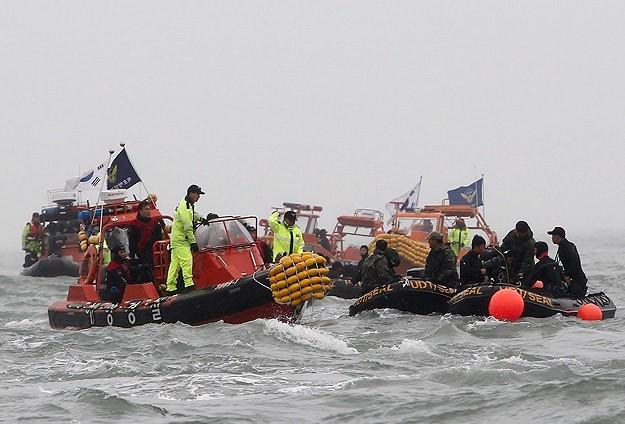 Akdeniz'de en az 85 göçmenin cansız bedeni bulundu