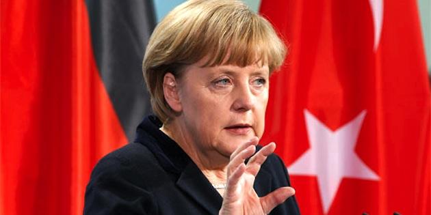 Merkel'den Türkiye'ye: Özgürlükler müzakere konusu olamaz