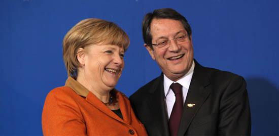Anastasiades Merkel İle Görüştü