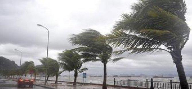 Brezilya'da fırtına 2 can aldı