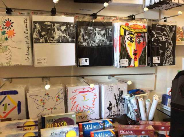 Sanatçı Karadayı Picasso Sanat Galerisi'nde