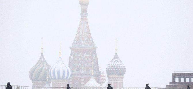 Moskova Belediye Başkanı: 30 Mart itibarıyla tüm Moskovalılara evde kalma zorunluluğu getiriliyor