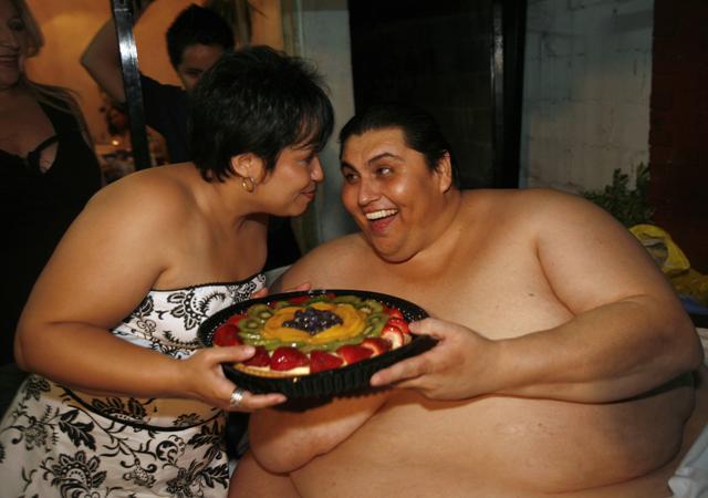 Dünyanın en kilolu adamı öldü