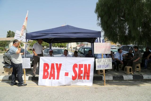 Bay-Sen Başbakanlık önünde çadır kurdu