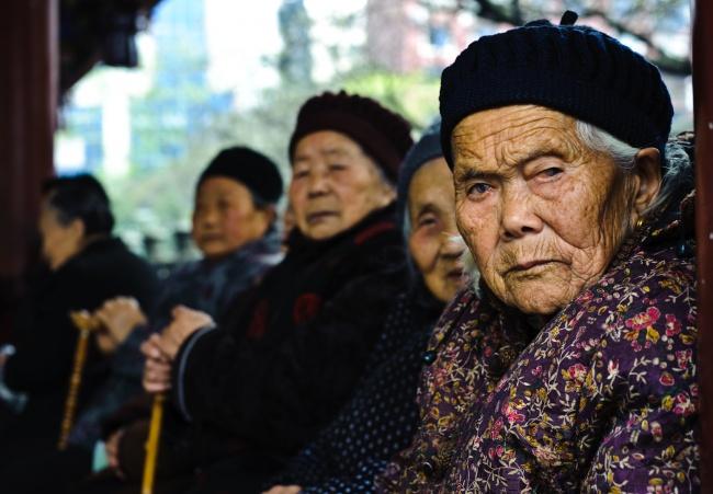 Çin'de yeni yasa: Ebeveynlerinizi ziyaret edin