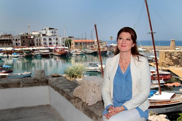 Turkcell, Türkiye'nin ilk 4G'li akıllı telefonu 'T50'yi Kıbrıs'ta tanıttı