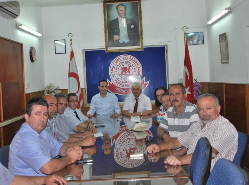 Harmancı ve ekibi Türk-Sen'i ziyaret etti