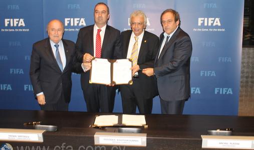 FIFA Başkanı Joseph Blatter geliyor