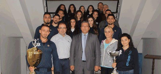 Gazimağusa Belediye Başkanı Arter, Çamlık Spor ile görüştü