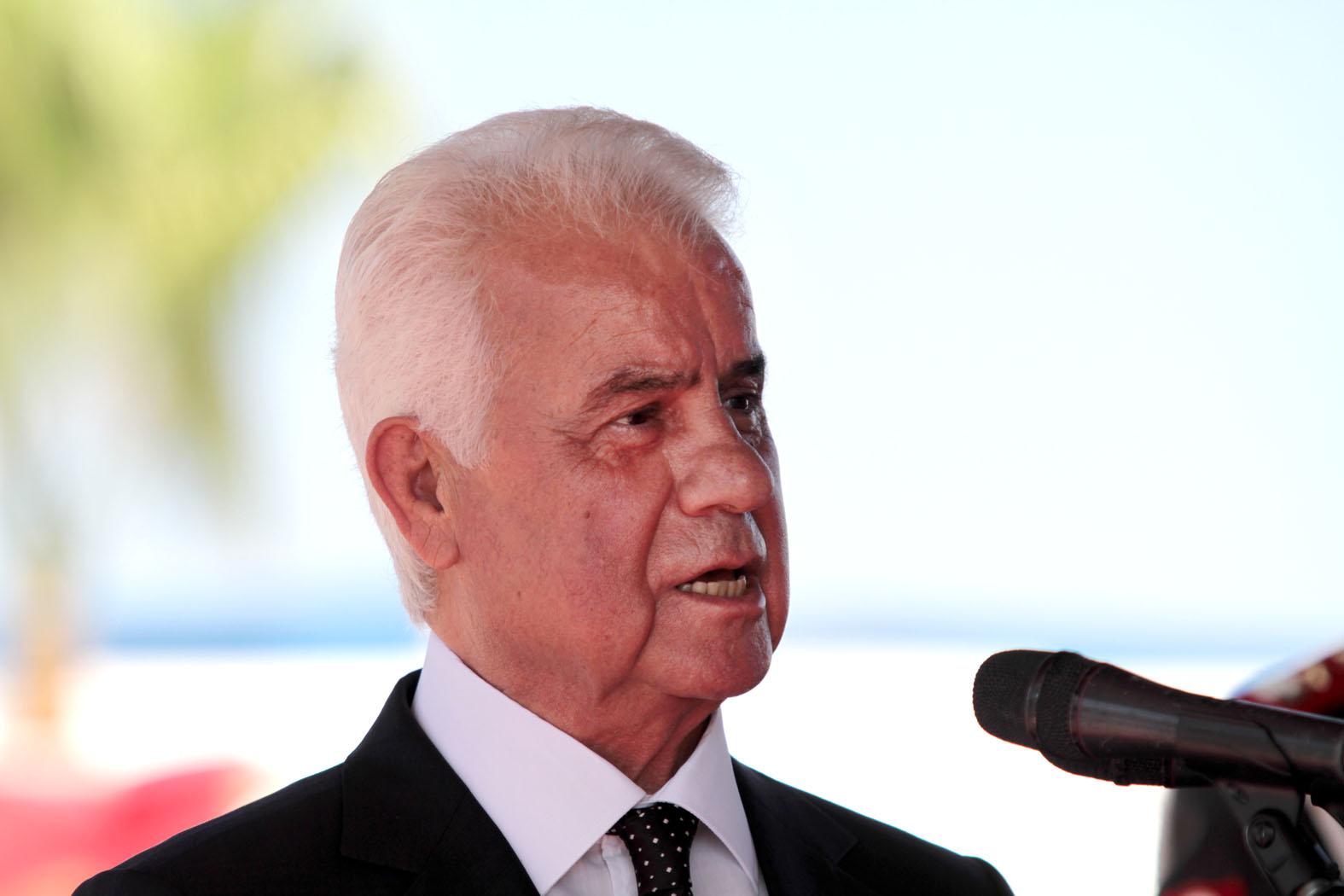 Eroğlu, Anayasa değişikliğini onayladı