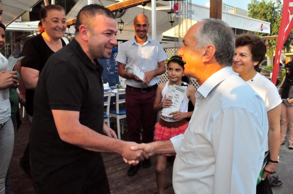 Aygın Karaoğlanoğlu'nu ziyaret etti