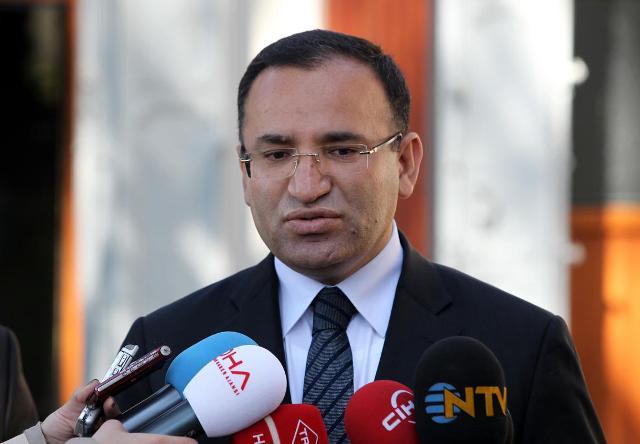 TC Adalet Bakanı, 'Şu anda tezkere için bir çalışma yok'