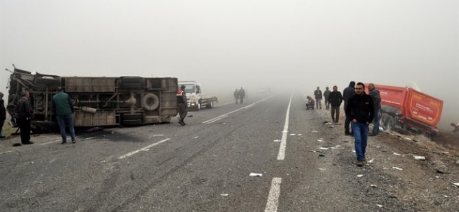 Güney Afrika'da trafik kazası'nda 20 çocuk öldü