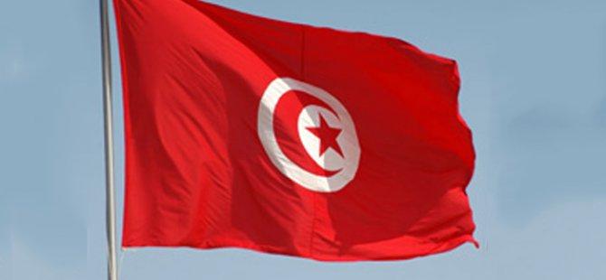 """Tunus IMF'nin """"zor"""" taleplerini tartışıyor"""