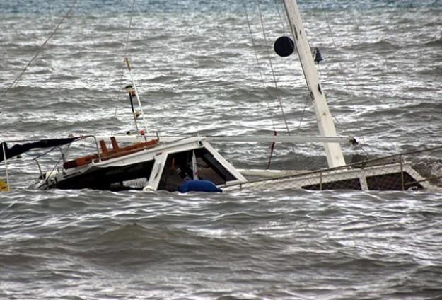Nijerya'da tekne alabora oldu: 40 ölü