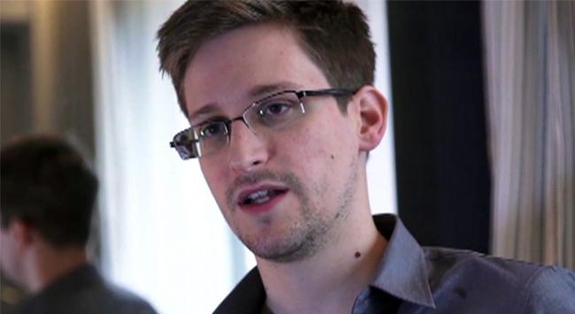 """Havada """"Snowden şüphesi"""" krizi"""