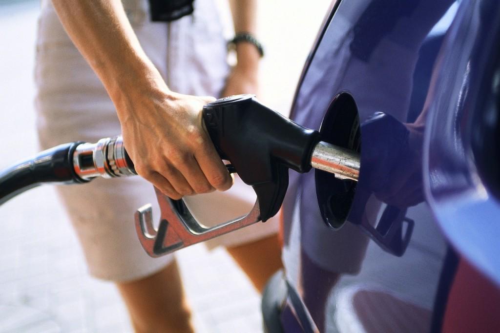Lefkoşa'da, benzin koydu ödemeden ayrıldı!