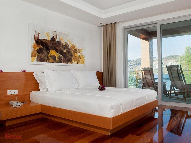 Sea-View Hotel'in Demirbaşları Açık Artırmada