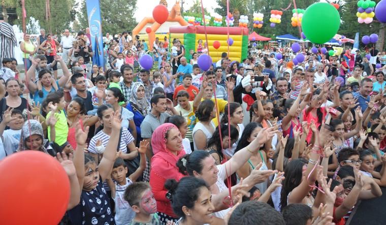 Çocuklar Portakal Festival'inde Doyasıya Eğlendi